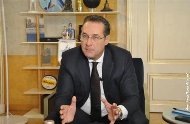 Štrahe: Formiranje kosovske vojske vodi daljoj destabilizaciji regiona