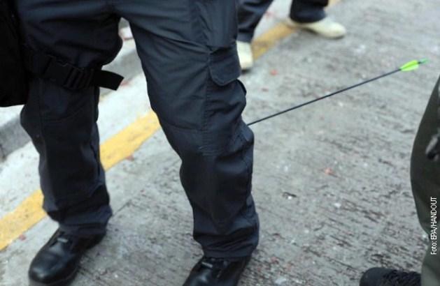Policajac u Honkongu ranjen strelom