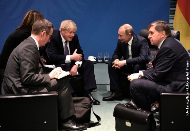 Džonson na sastanku sa Putinom: Nema normalizacije odnosa