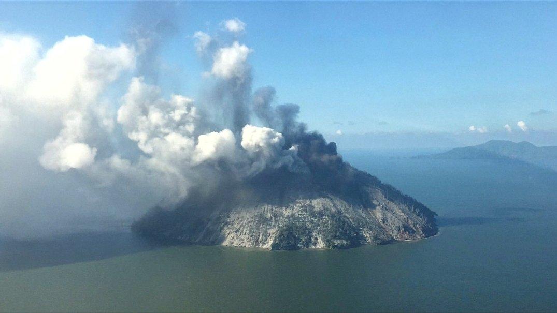 Papua: Zbog erupcija vulkana evakuisano 15.000 ljudi