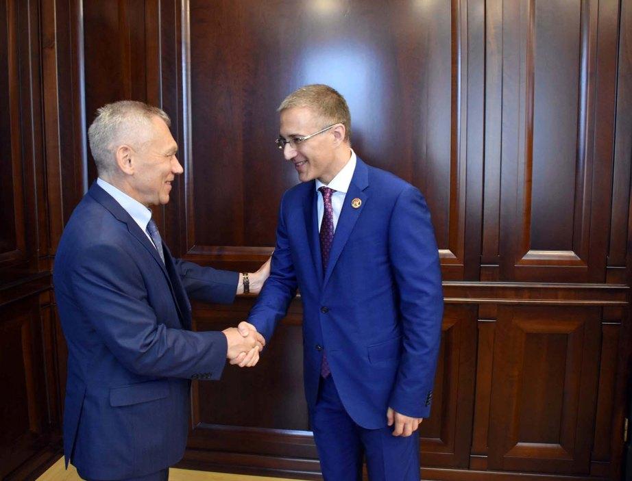 Stefanović i Harčenko o policijskoj saradnji, Interpolu