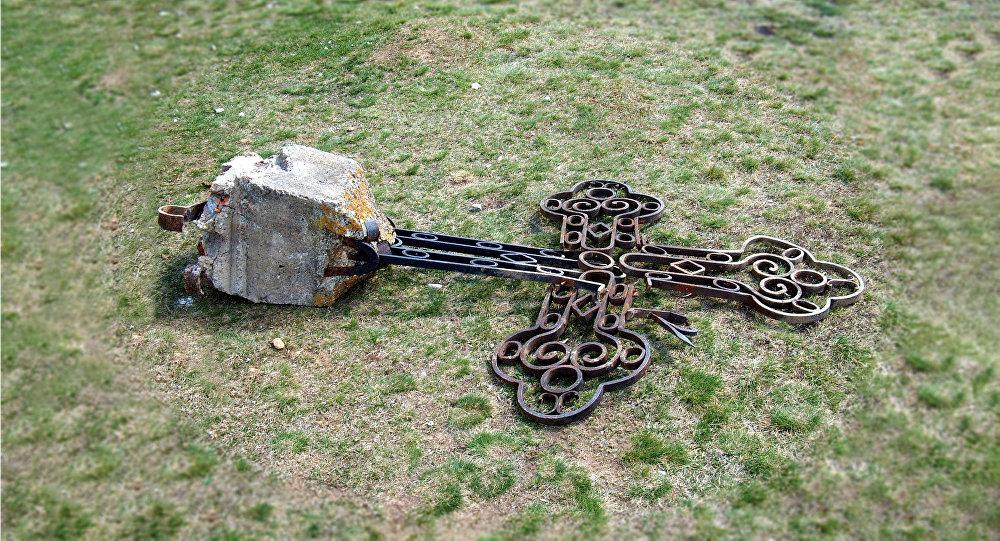 Haradinaj Nemcima podmetnuo pravoslavnu crkvu kao katoličku
