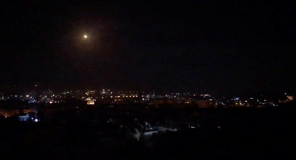 Sirijski PVO oborio 30 izraelskih raketa