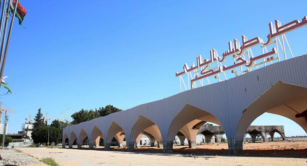 Opkoljen Tripoli: General Haftar zauzeo aerodrom