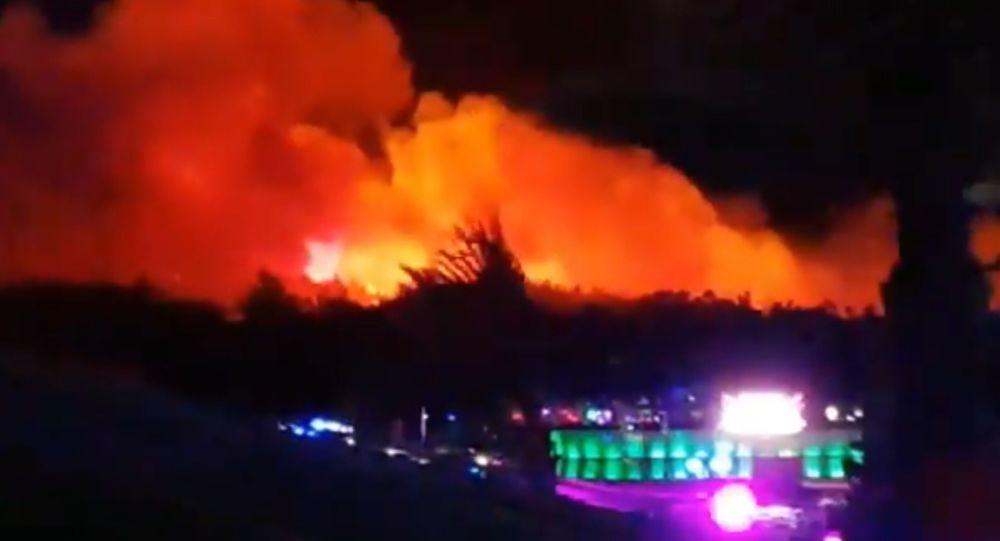 Hrvatska: Požar na Pagu, evakuisano 10.000 ljudi