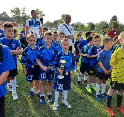 Zlato za OFK Dif na turniru u Zaječaru