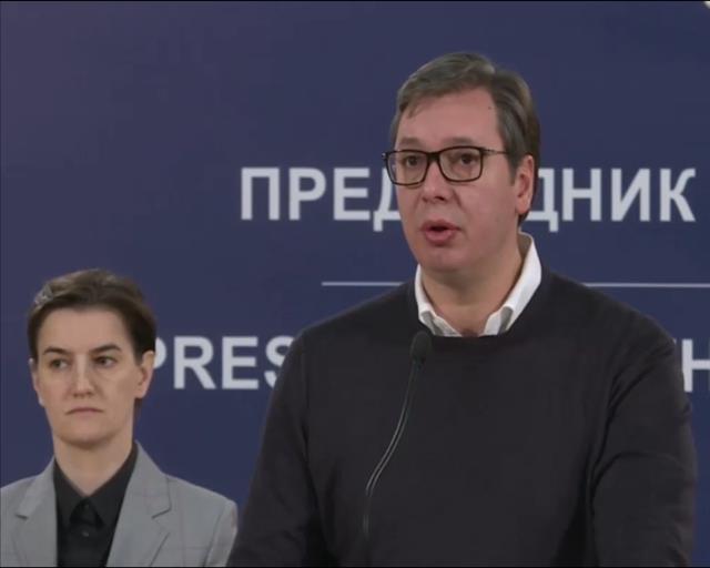 Vučić i Brnabić sa predstavnicima zdravstvenih institucija