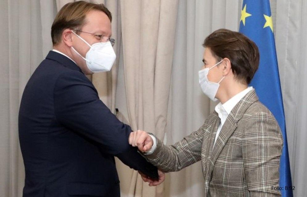 Premijerka Brnabić razgovarala s Varheljijem