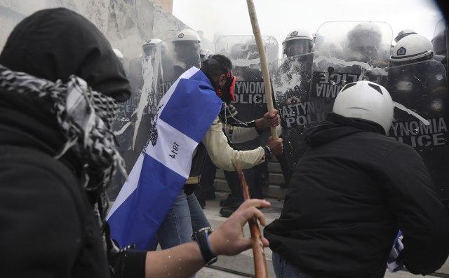 Atina se neće smiriti zbog Makedonije: Novi protest