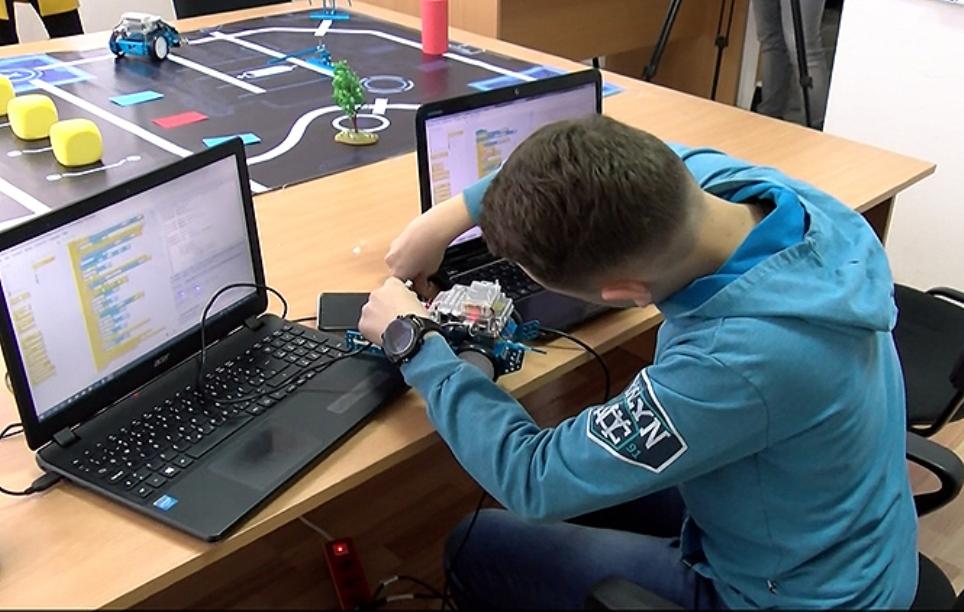 Gračanički tim u Kini na svetskom takmičenju u robotici