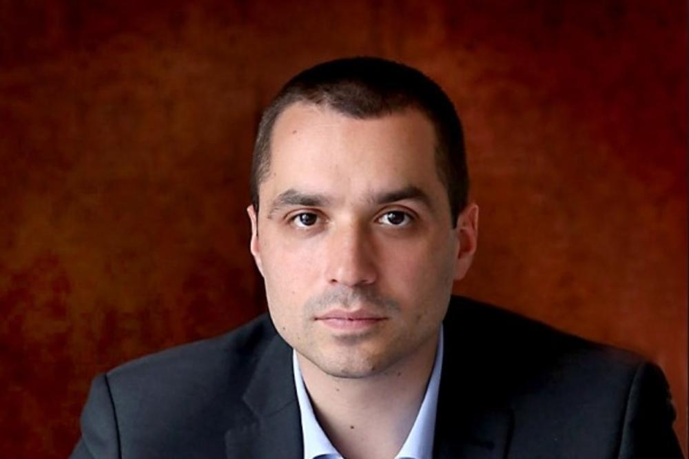 Luka Petrović oštro osudio sramno ponašanje Pešićeve