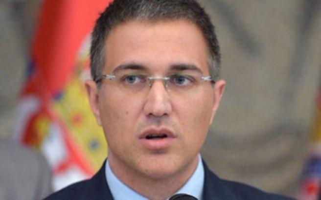 Stefanović: Vučić se trudi da nađe rešenje najbolje za narod