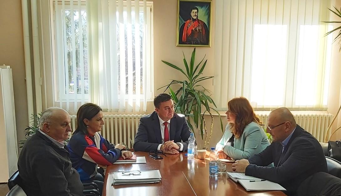 Todosijević sa predstavnicima NSZ o Lokalnom akcionom planu zapošljavanja za 2020.