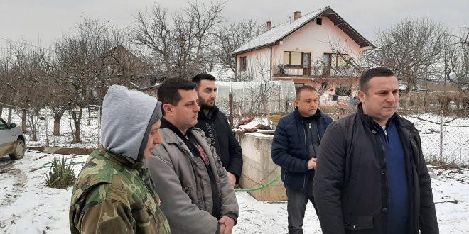 Popović obišao poplavljena domaćinstva u Donjoj Gušterici gde je u toku sanacija štete