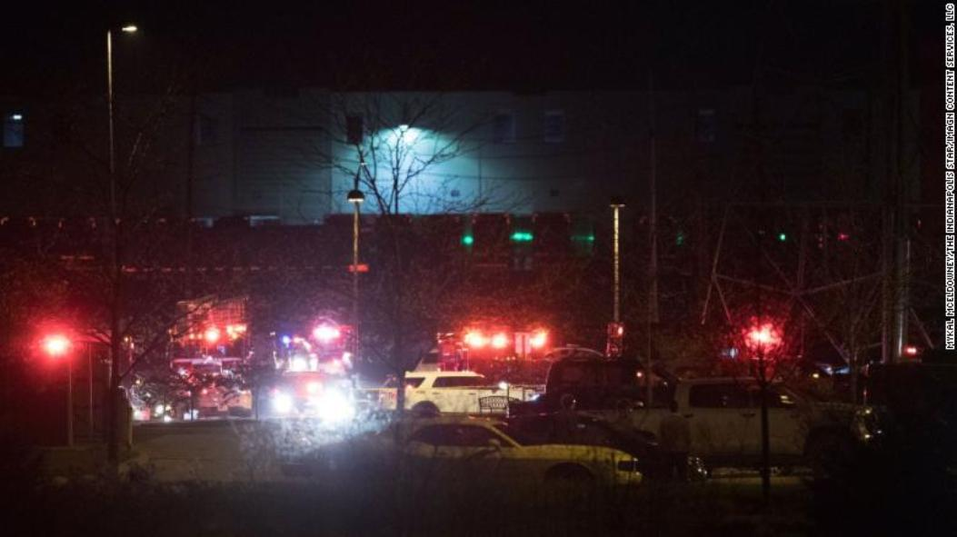 Policija: Osmoro ljudi ubijeno u napadu u Indijanapolisu