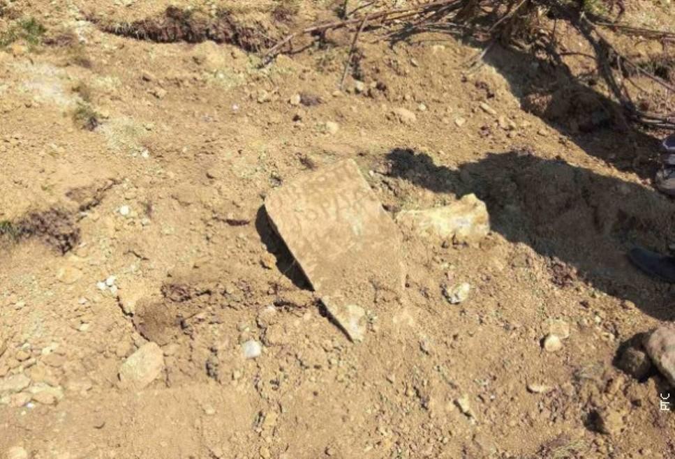 U Žakovu kod Istoka oskrnavljeno pravoslavno groblje