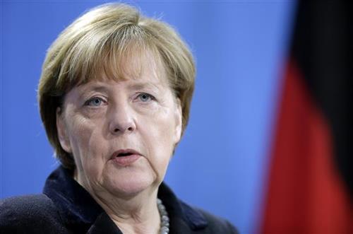 Merkel: Svaki dan u borbi protiv korone je odlučujući