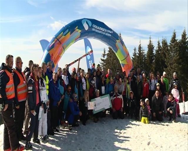 U humanitarnoj ski trci na Kopaoniku prikupljeno 700.000 dinara za novu Roditeljsku kuću