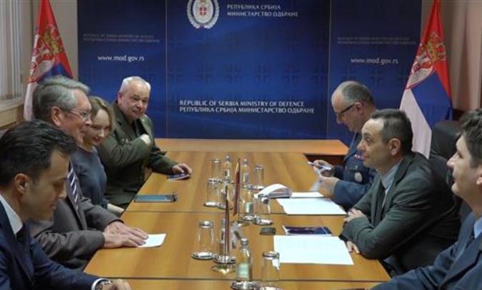 Vulin: Igranje tzv. vojskom Kosova izaziva ozbiljne probleme