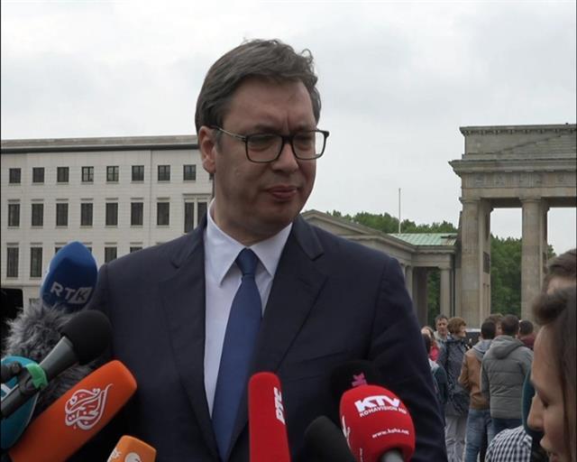 Vučić: Šta god danas da bude,bez razgovora nema rešenja