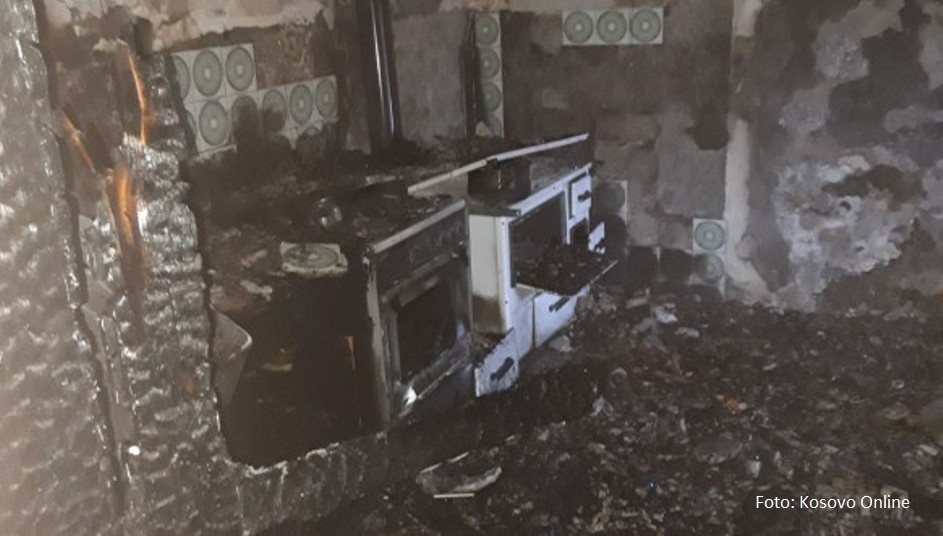 Zvečan: Požar u Banovom Dolu, jedno lice povređeno
