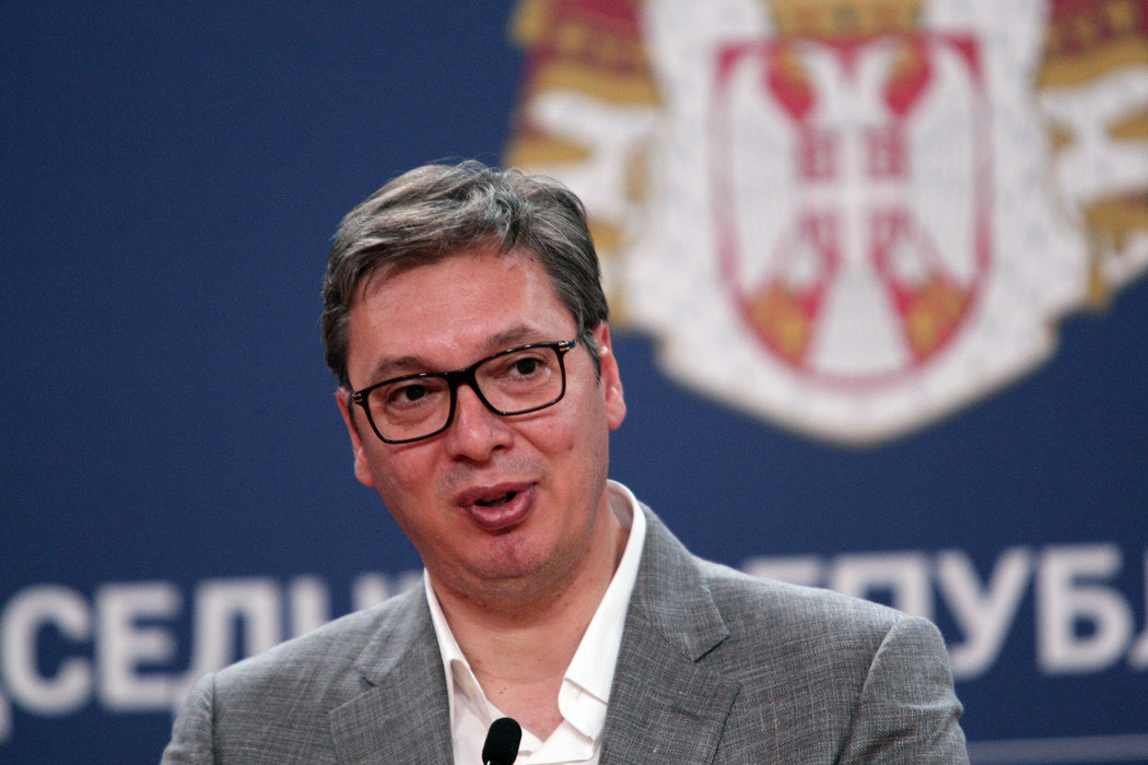 Vučić:Biću na RTS, ne povlačim se pred nasilnicima