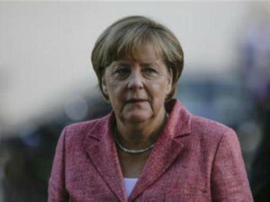 Merkel najavljuje nove avione i tenkove u EU