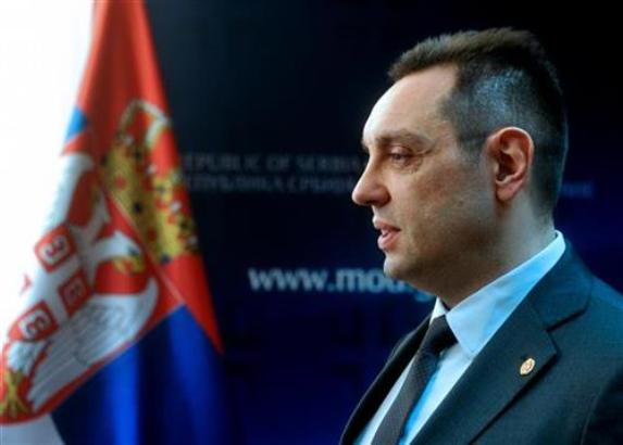 Vulin: Softić bolje da odgovori ko je pokušao da ubije Vučića