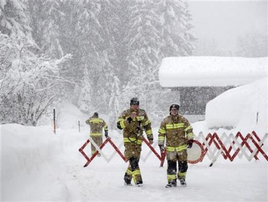 Već osam žrtava lavina u Austriji