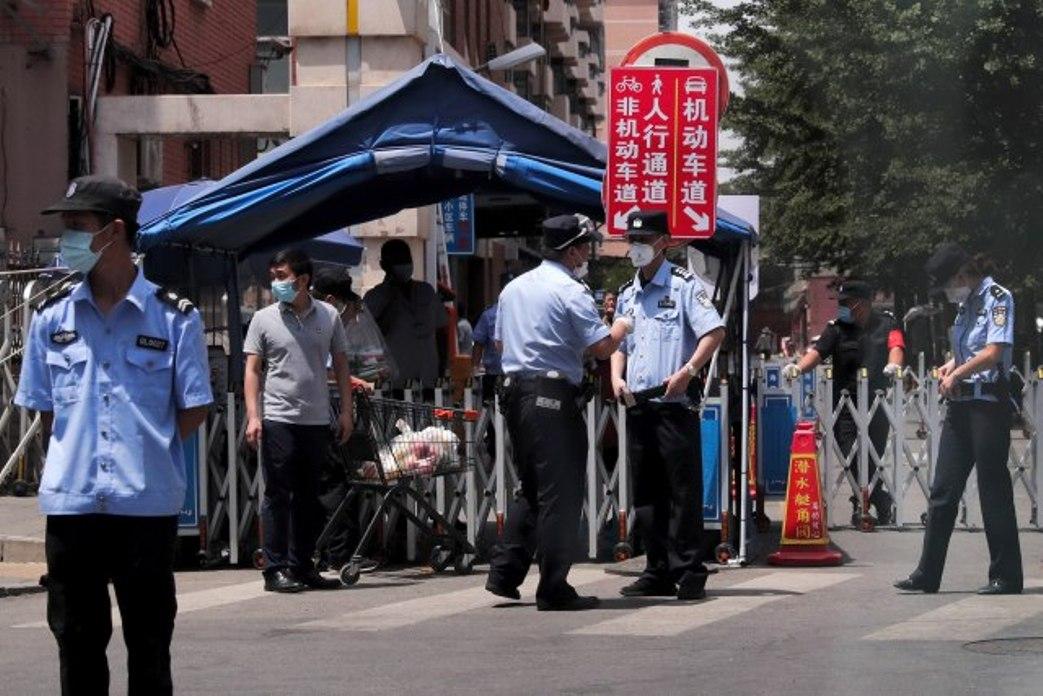 Peking postao žarište virusa; Zaraza krenula od pijace mesa i ribe