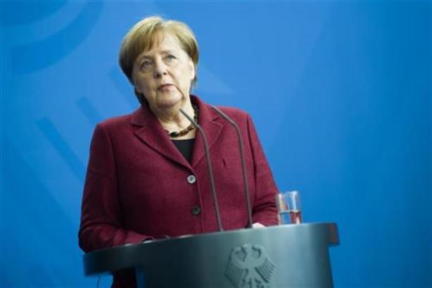 Merkel: Nemačka spremna da učestvuje u obnovi