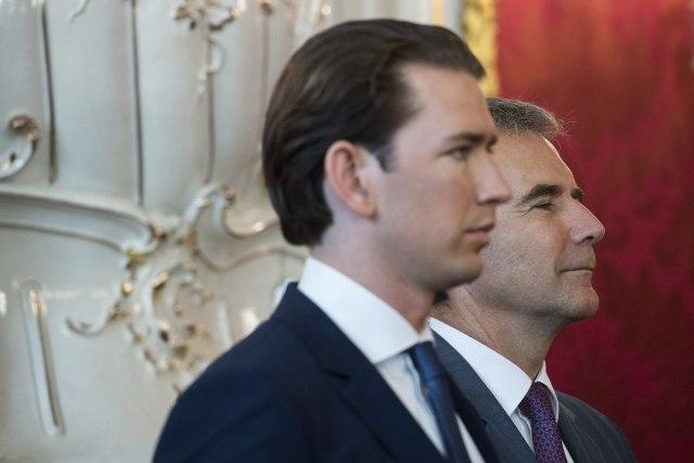 Zašto je Kurc postavio ministra koji je bio na Kosovu i u BiH?