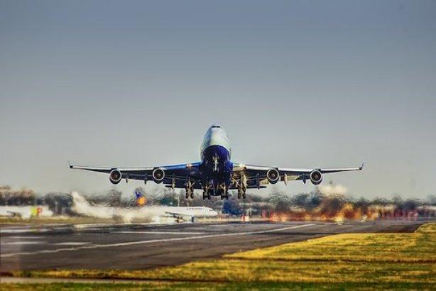 Moskva: Zbog požara u prtljažniku avion se vratio