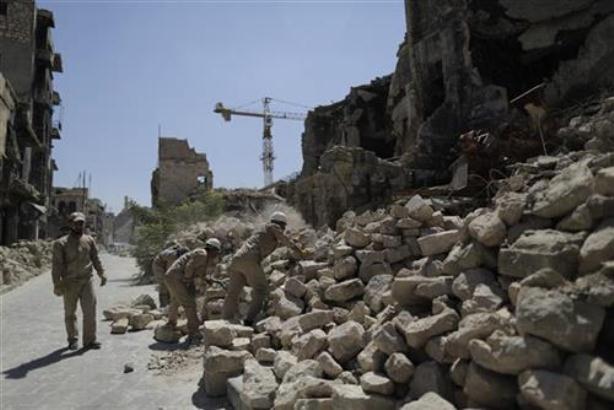 Sirija: U vazdušnim napadima poginulo više od 20 civila