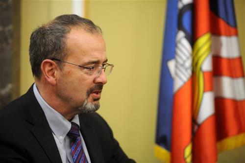 Godfri: Srbija pokazuje da mnogo investira u infrastrukturu