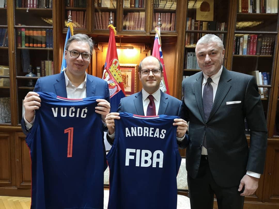 Predsednik Vučić se sastao sa Zagklisom i Danilovićem