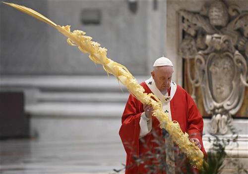 Papa Franja pokrenuo hitan fond za pomoć zemljama u razvoju