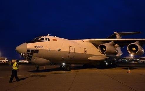 U Beograd sleteo avion iz Kine sa 1,2 miliona maski