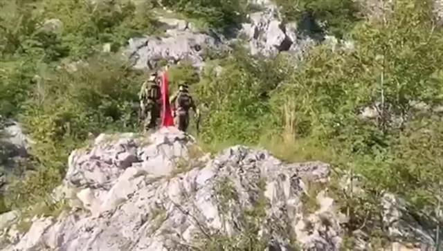 Vojska uklonila albansku zastavu sa izletišta iznad Gazivoda