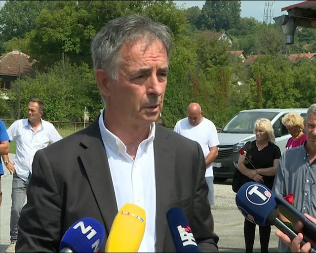 """Pupovac: Treba se osvestiti da su ljudi ubijani i nakon """"Oluje"""""""