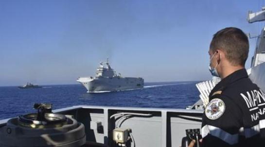 Sudar grčkog i turskog vojnog broda u Mediteranu