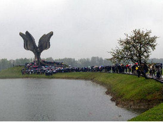 Državna komemoracija u Jasenovcu