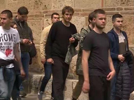 Beogradski studenti doneli pomoć za porodice sa KiM