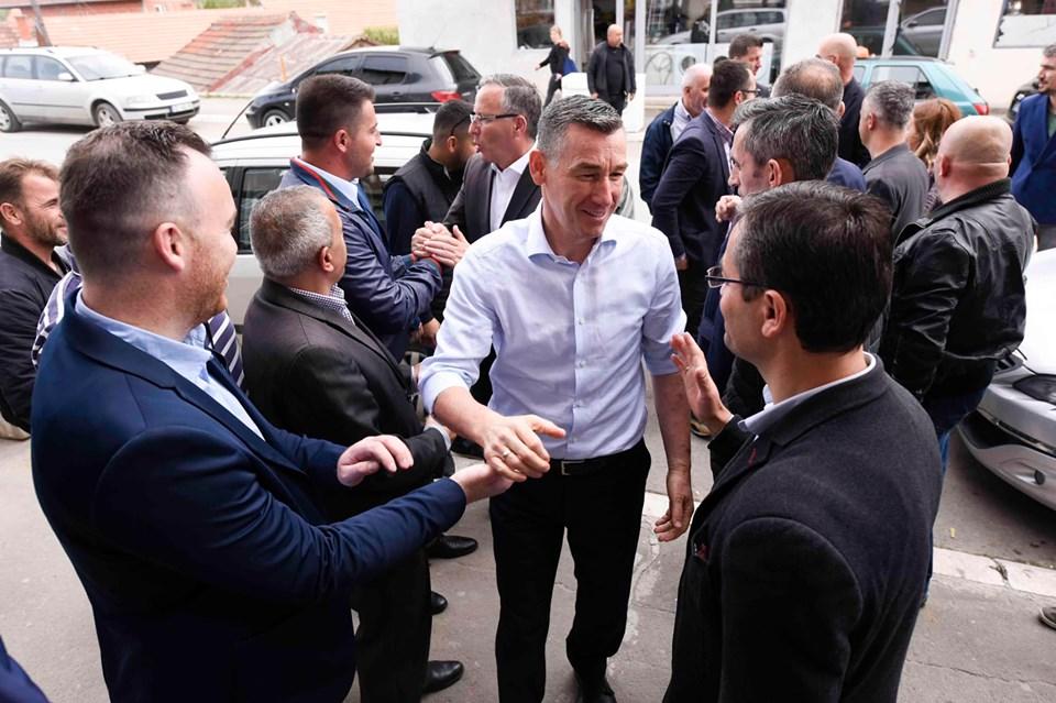 Veselji o sastanku u severnom delu Kosovske Mitrovice