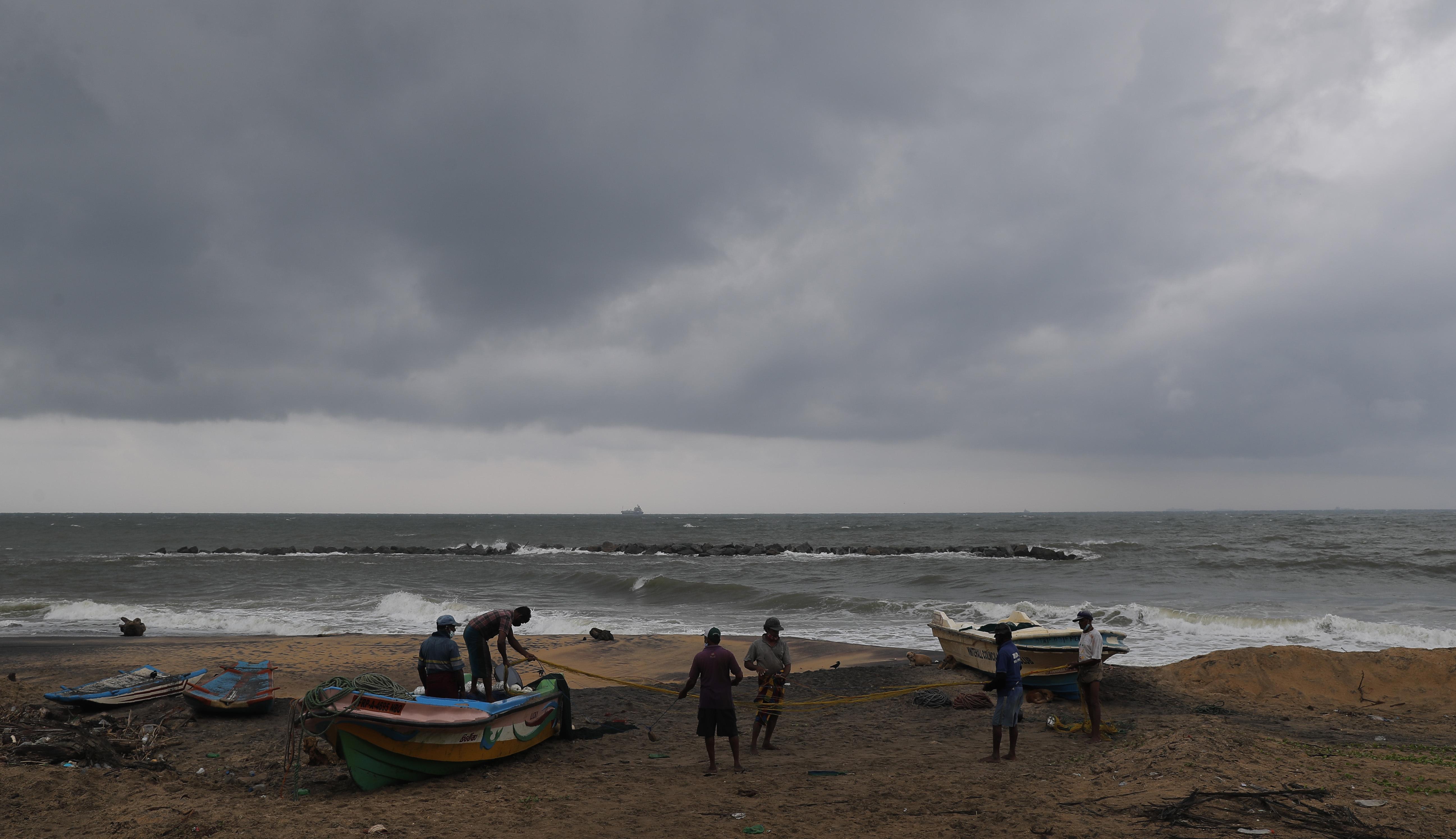 Šri Lanka: Evakuisano 75.000 ljudi u očekivanju ciklona