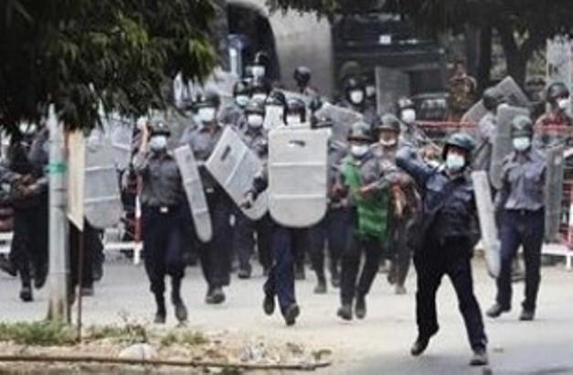 Mjanmar: Policija ubila devet demonstranata, više ranjenih