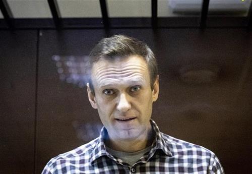 Navaljni prebačen na bolničko lečenje
