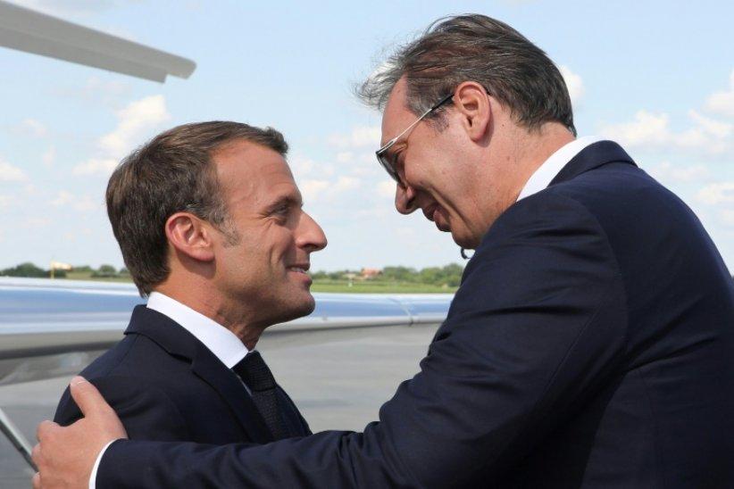 Mediji u regionu: Vučić i Makron razgovarali duže od plana