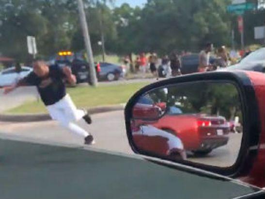 Pucnjava u Teksasu, ranjeno pet osoba