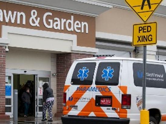 Pucnjava ispred Volmartovog distributivnog centra, dvoje mrtvih
